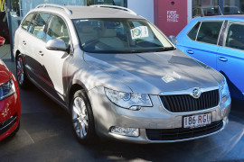 Skoda Superb Elegance 3T MY10