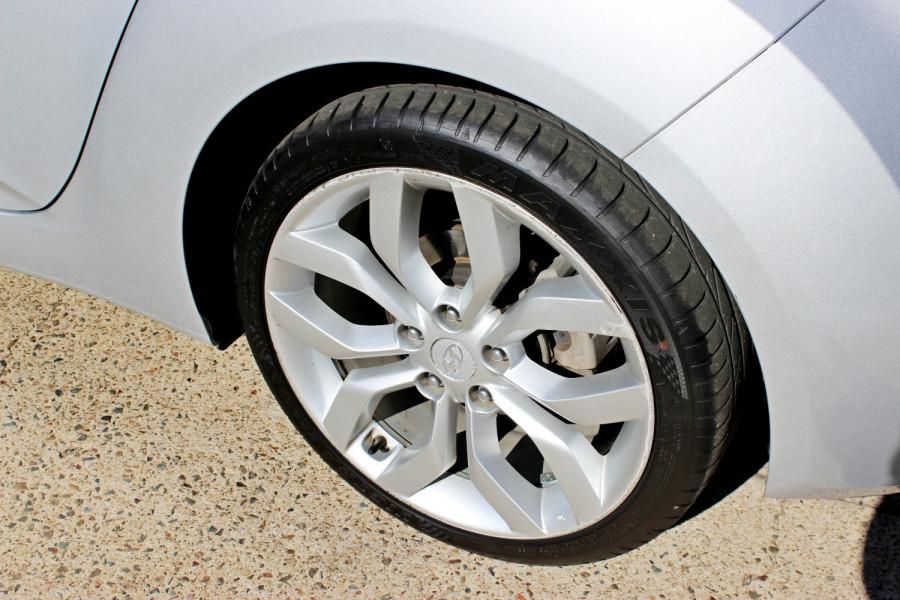 2012 Hyundai Veloster FS Hatchback Image 7