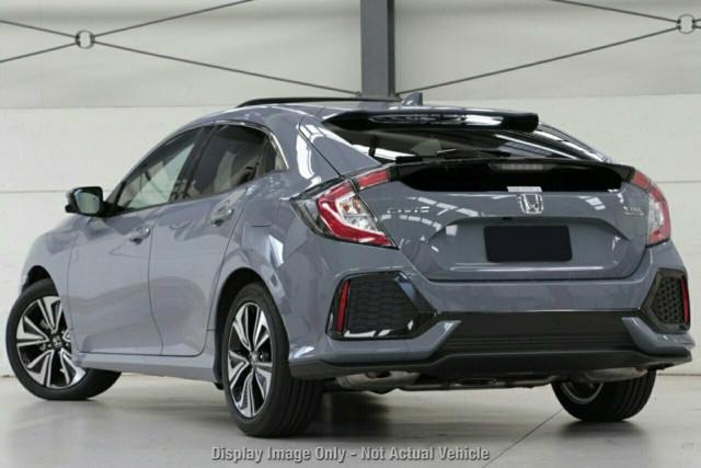 2019 Honda Civic Sedan 10th Gen VTi-L Hatchback Image 3