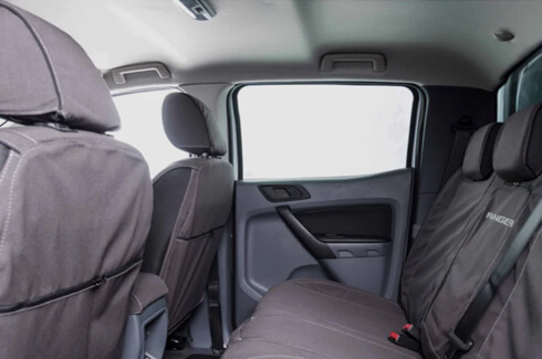 "<img src=""Seat covers front and rear - FLA"