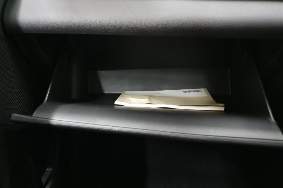 2018 MY19 Hyundai Elantra AD.2 Active Sedan Image 19