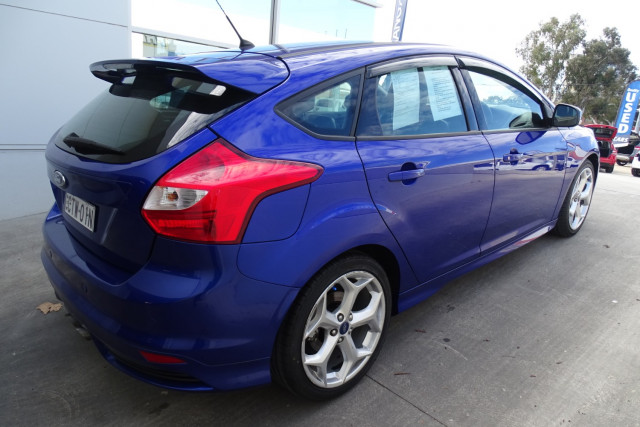 2014 Ford Focus ST 6 of 25