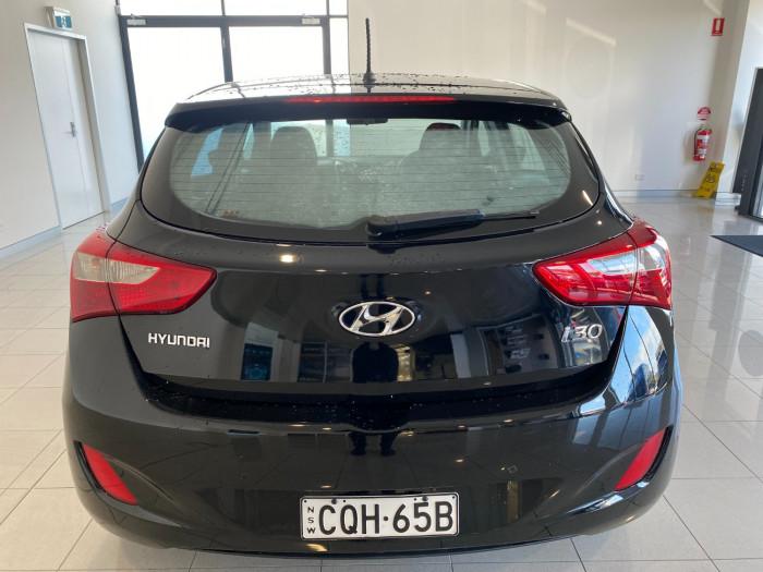 2013 Hyundai I30 GD Active Hatchback Image 7