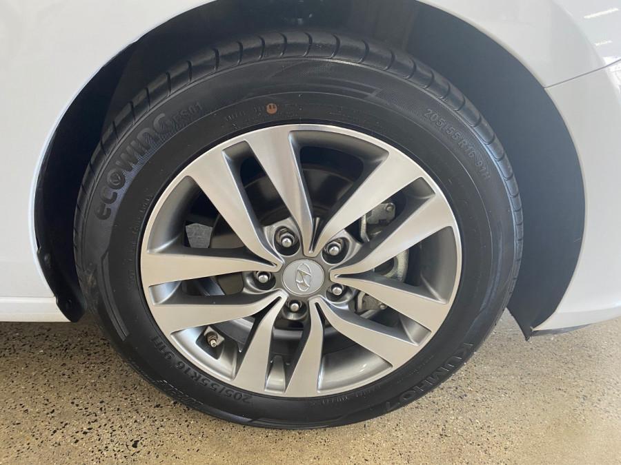 2018 Hyundai i30 PD Active Hatch Image 13