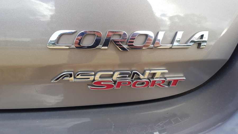 2015 Toyota Corolla ZRE182R Ascent Sport Hatch Image 11