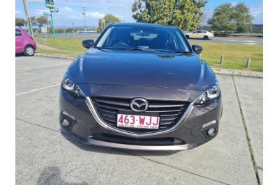 2016 Mazda 3 BM Series Maxx Hatchback Image 2