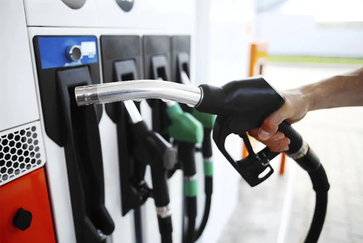10 Simple Ways to Save Money on Fuel