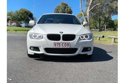 2010 BMW 3 Series E93 320d Convertible Image 3