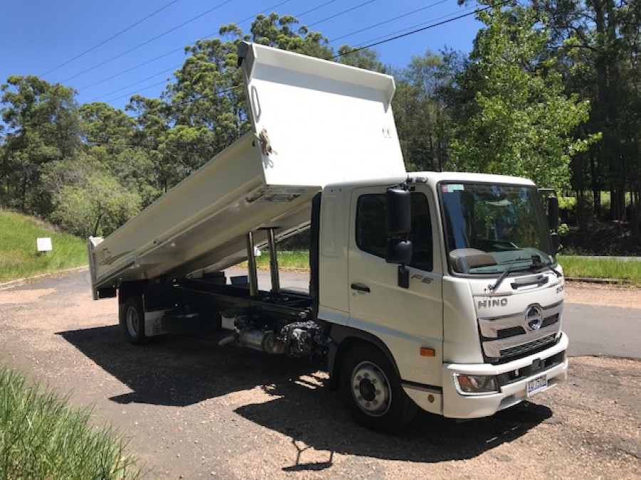 2021 Hino Fe 1426 At Leaf 4890 FE 1426 AT LEAF 4890 - Truck Image 1