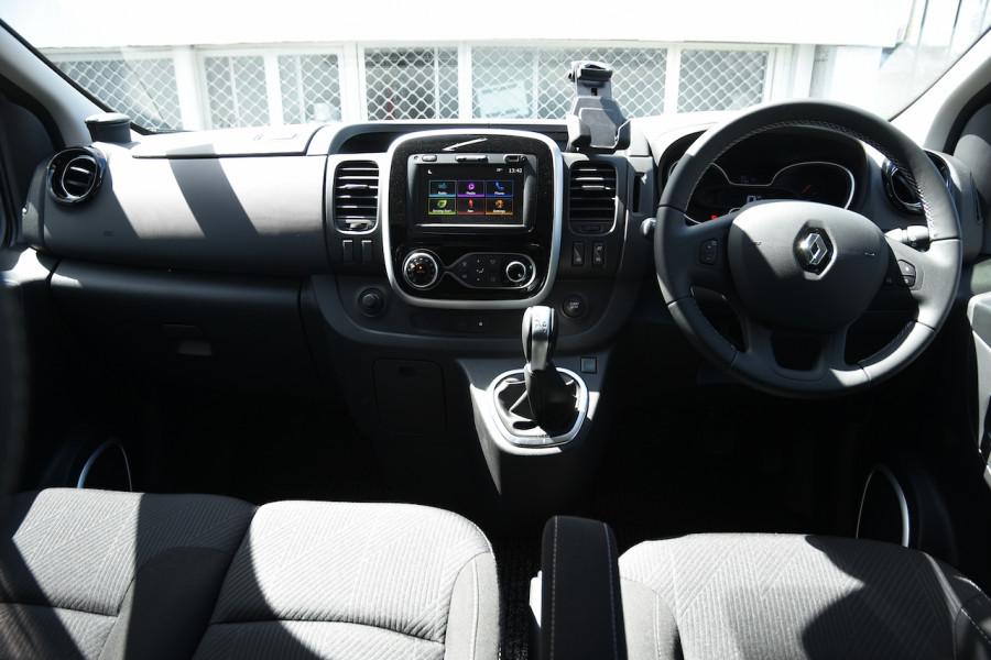 2019 MY20 Renault Trafic L2H1 Long Wheelbase Crew Lifestyle Van Image 8