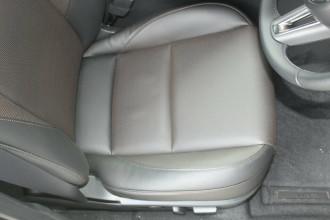 2021 Mazda 3 BP G20 Touring Hatchback image 26