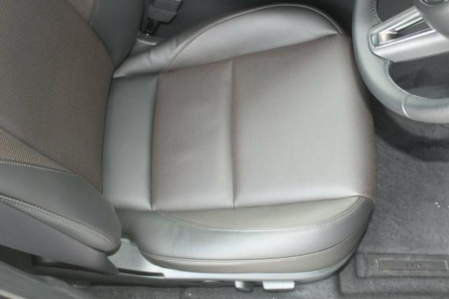 2021 Mazda 3 BP G20 Touring Hatchback Mobile Image 26