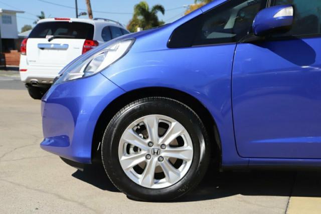 2013 Honda Jazz GE Vibe Hatchback Image 6