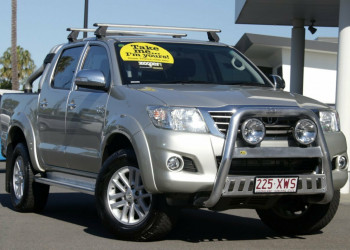 Toyota Hilux SR5 Double Cab GGN25R MY14