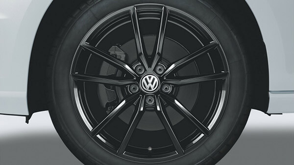 "18"" Black Pretoria alloy wheel"