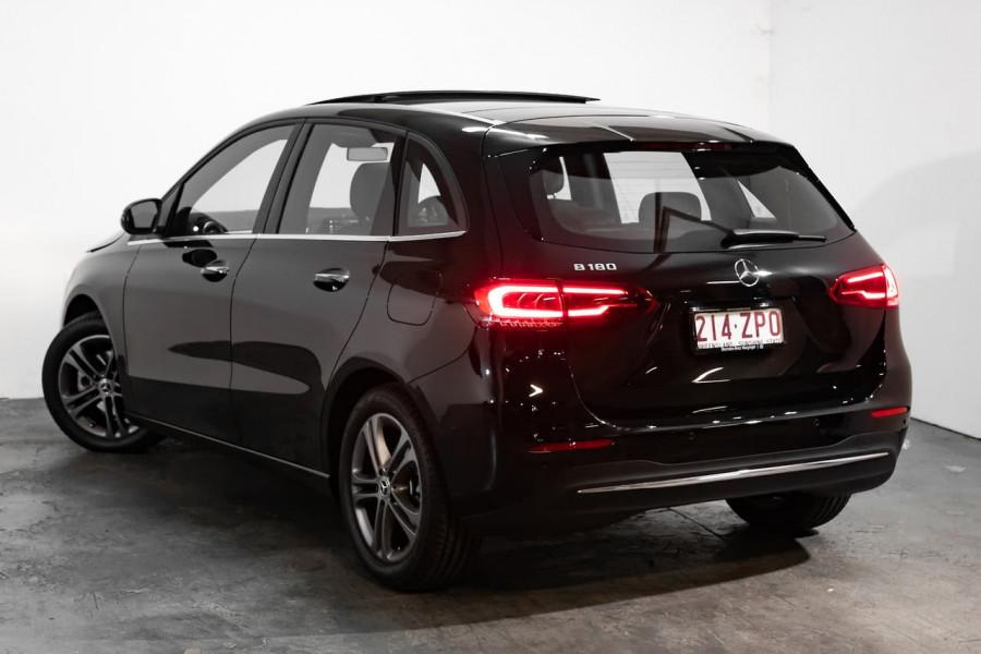 2019 Mercedes-Benz B-class B180
