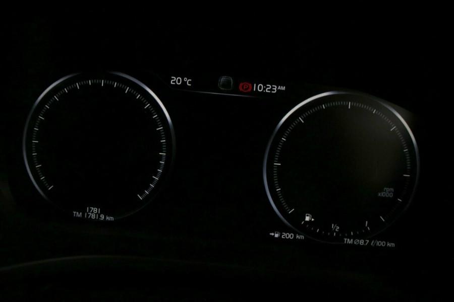 2019 MY20 Volvo XC60 UZ D4 Momentum Suv Image 11