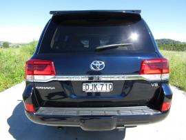 2016 Toyota Landcruiser VDJ200R Sahara Suv