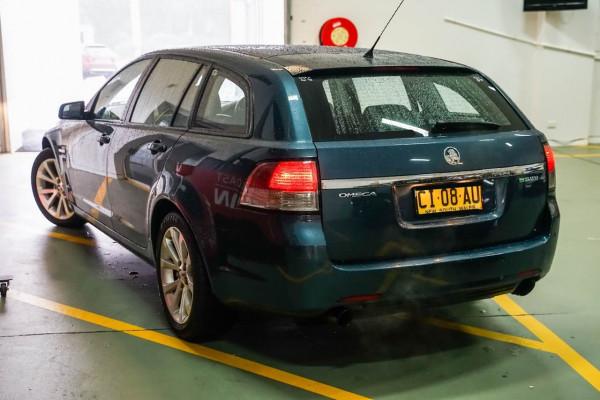 2011 Holden Commodore VE Series II Omega Wagon Image 2