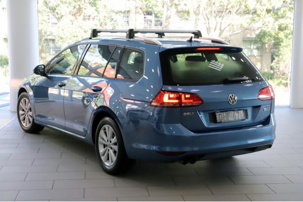 2016 Volkswagen Golf VII  92TSI Comfrtline Wagon Image 2