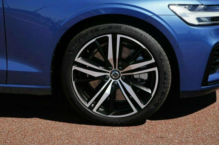 2019 MY20 Volvo V60 F-Series T8 R-Design Wagon Image 12