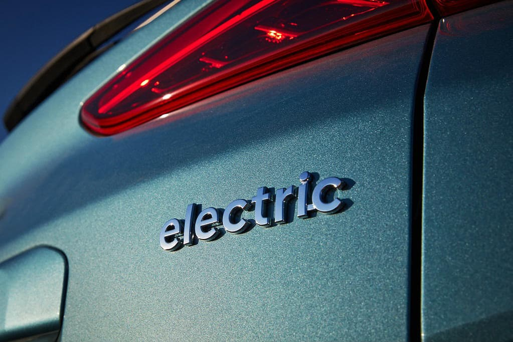 6 Important things you should know about electric cars