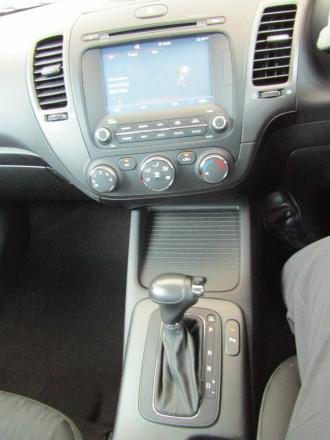 2015 Kia Cerato YD S Premium Hatchback image 13