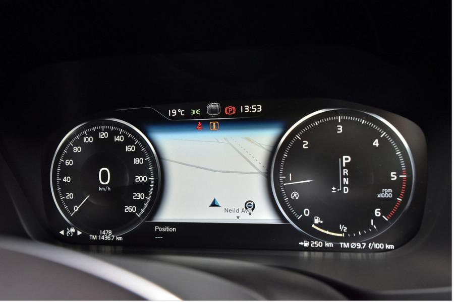 2018 MY19 Volvo XC90 L Series D5 Momentum Suv Mobile Image 26