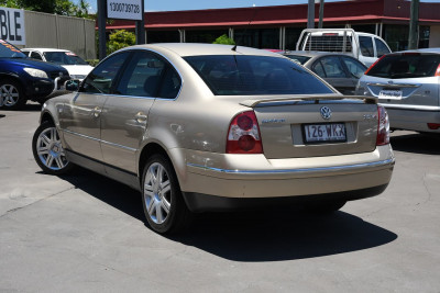 2003 Volkswagen Passat GP MY03 SE V6 Sedan Image 2