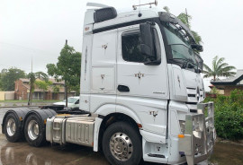 Mercedes-Benz Actros 2663 Stream Space Sleeper with double bunk 2663 Stream Space Sleeper