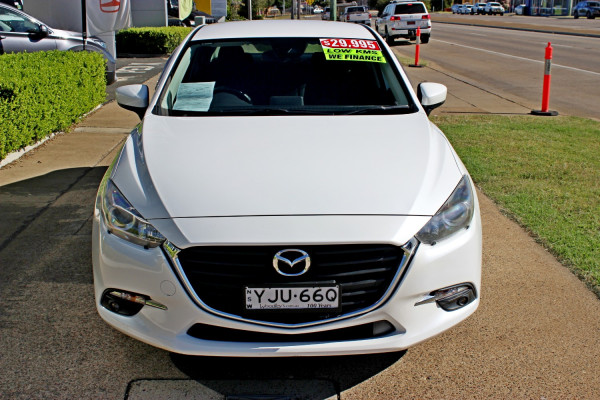 2017 Mazda Mazda3 BN5238 SP25 Sedan Image 3
