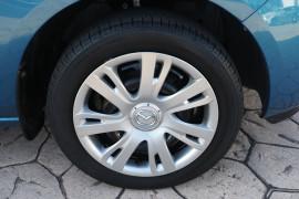 2012 Mazda 2 DE10Y2 MY12 Neo Hatchback Image 3