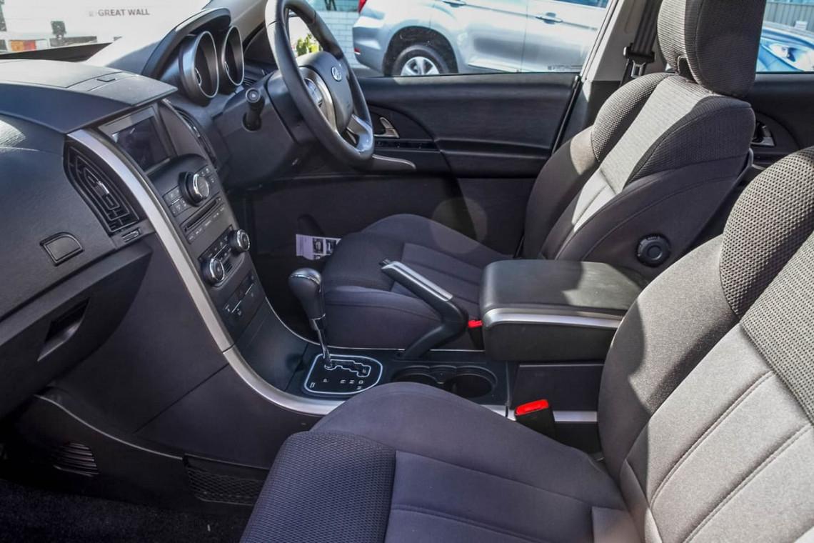 2020 MY19 Mahindra XUV500 W6 FWD Suv Image 9