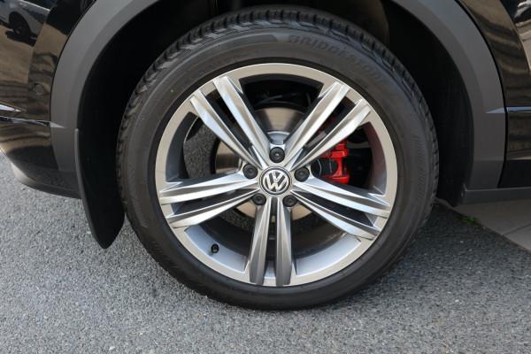 2020 Volkswagen T-Roc Sport Wagon Image 5