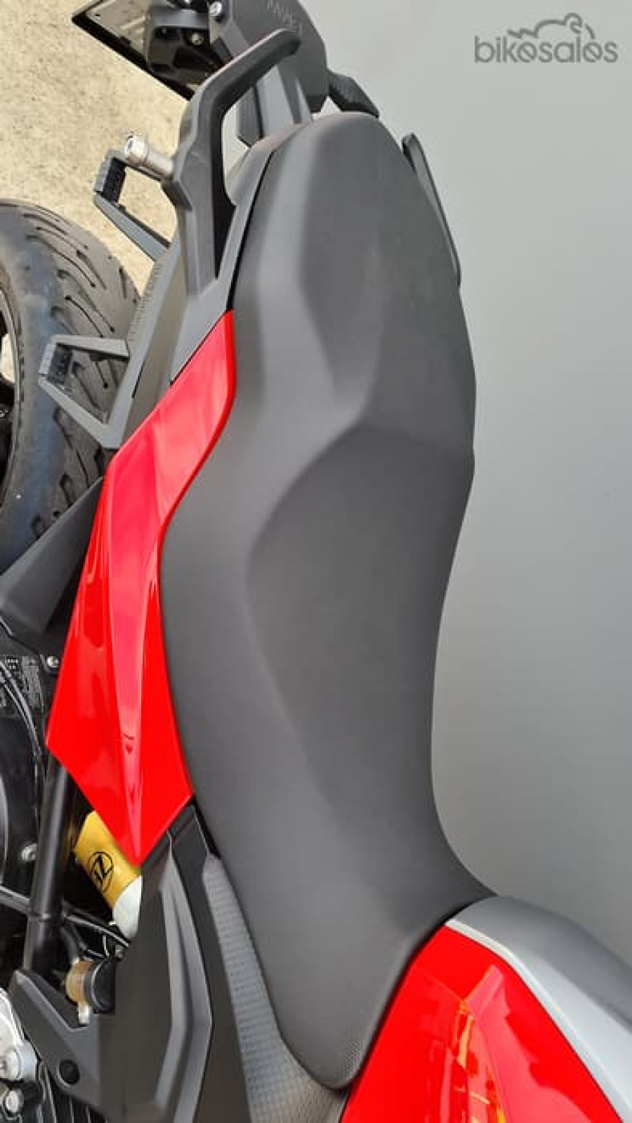 2020 BMW F 900 F XR Tour Motorcycle Image 6
