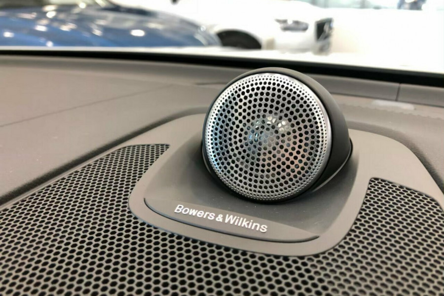 2019 Volvo XC60 UZ T5 Inscription (AWD) Suv Mobile Image 8