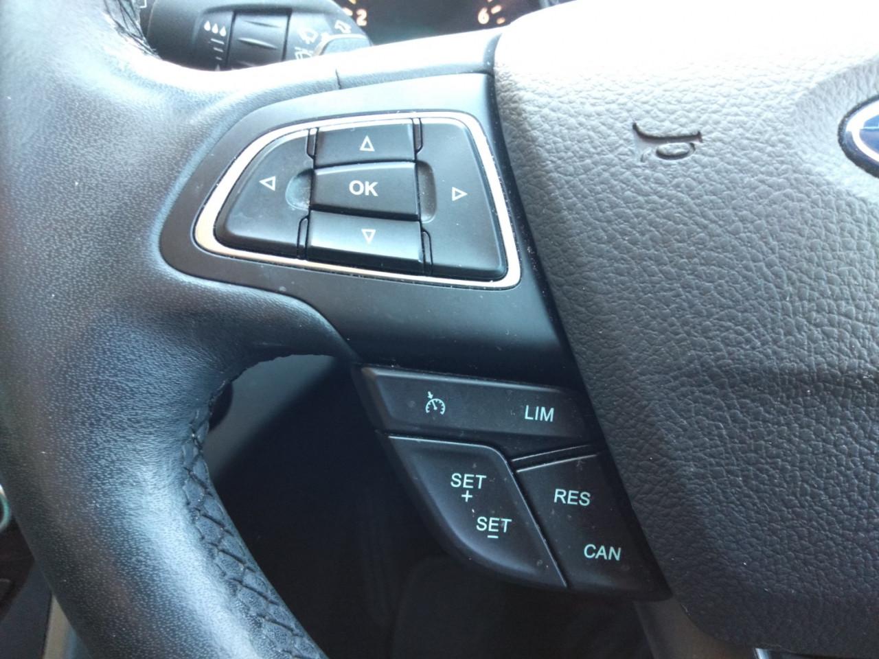 2017 Ford Escape ZG AMBIENTE Suv Image 12