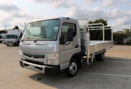 Fuso Canter 515 Wide Tradesman Tray FREE SERVICING + INSTANT ASSET WRITE OFF 515 WIDE CAB Canter LIMITED EDITION SILVER TRADIE TRAY