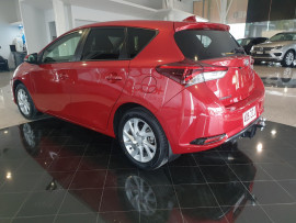 2017 Toyota Corolla ZRE182R Ascent Sport Hatch Image 5