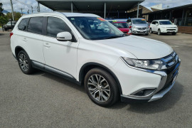 Mitsubishi Outlander LS 4WD ZK