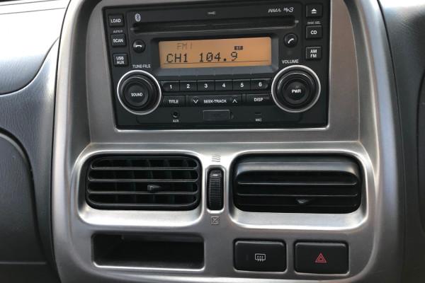 2003 Nissan Navara D22 S5 ST-R Utility Image 4