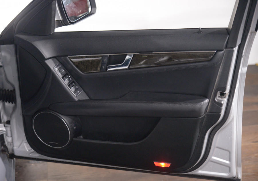 2008 Mercedes-Benz C200 Mercedes-Benz C200 Kompressor Avantgarde Auto Kompressor Avantgarde Sedan