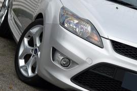 2010 Ford Focus LV XR5 TURBO Hatchback image 16