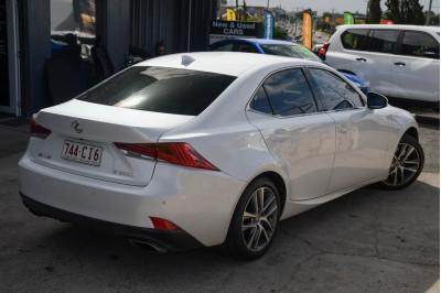 2017 Lexus Is ASE30R IS200t Luxury Sedan Image 5