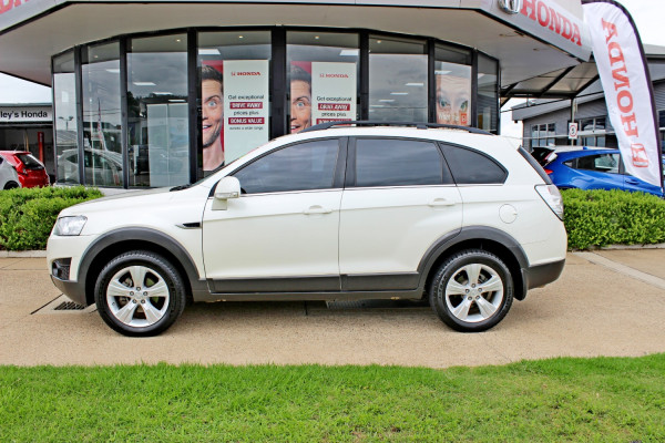 2011 MY10 Holden Captiva CG  CX Suv Image 5