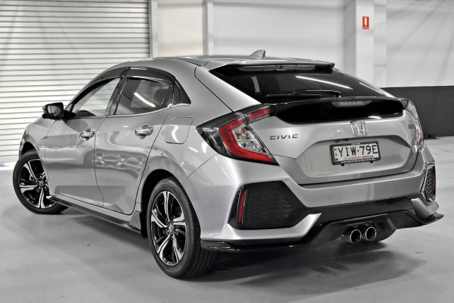 2018 Honda Civic Hatch 10th Gen RS Hatchback Image 2