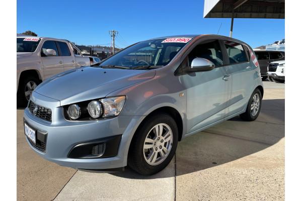 2011 Holden Barina TM Hatchback Image 3