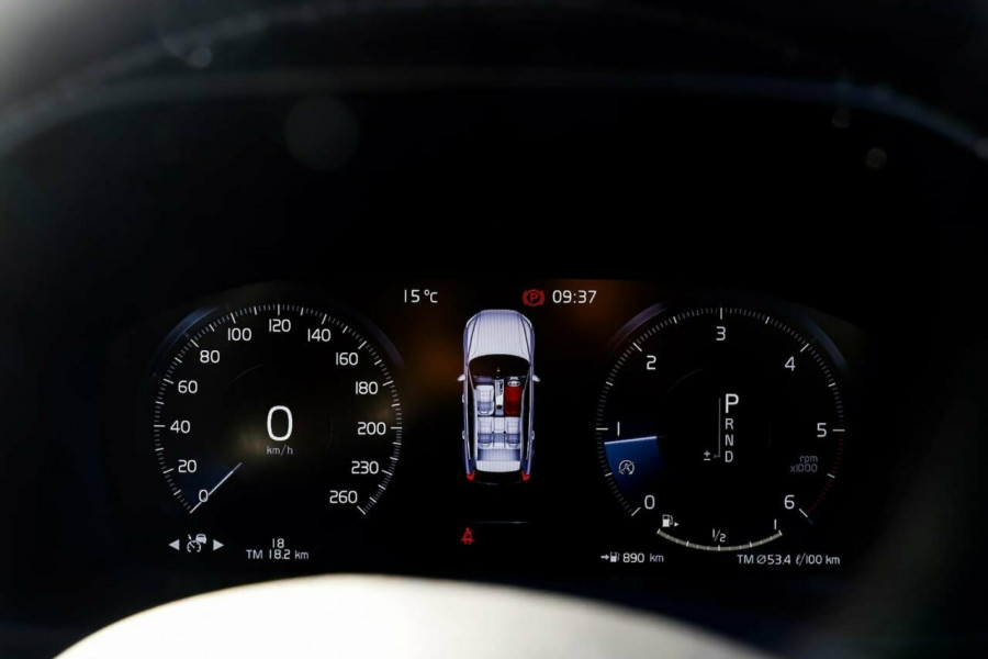 2019 Volvo XC60 UZ D5 R-Design Suv Mobile Image 12