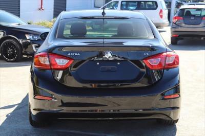 2017 Holden Astra BL MY17 LS+ Sedan Image 3