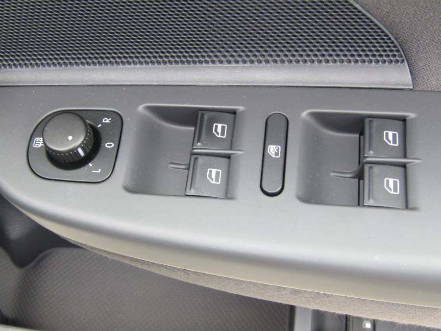 2007 Volkswagen Jetta 1KM  TDI Sedan Image 21